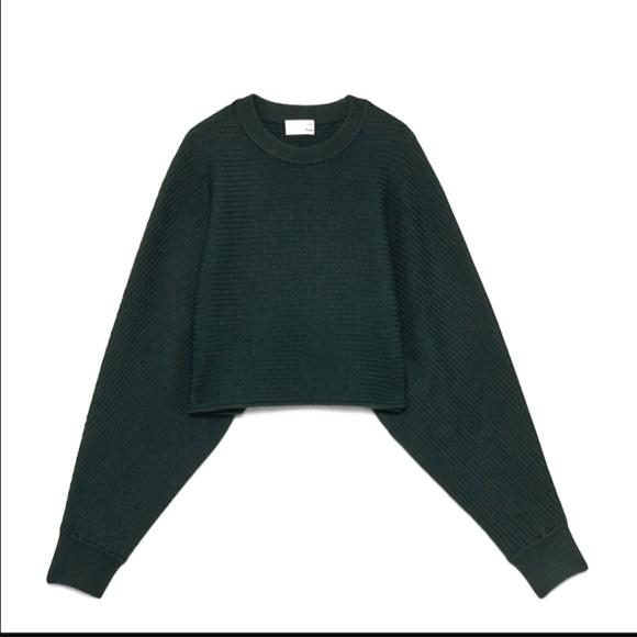 Aritzia Lolan cropped sweater, Medium